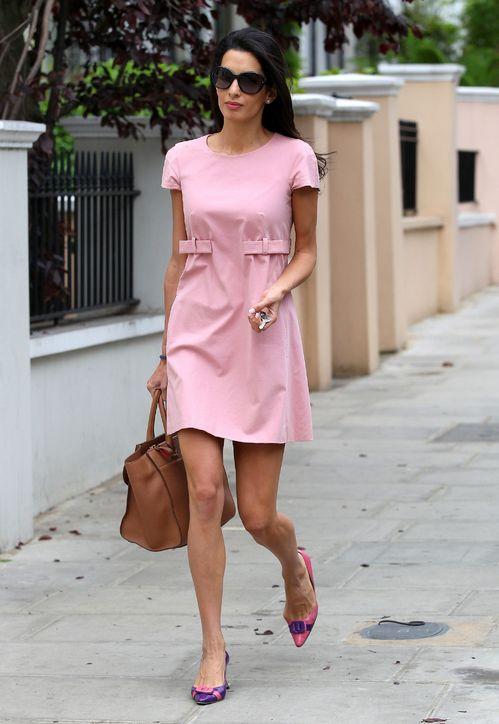 amal-alamuddin-pink-babydoll-dress-outfit-h724