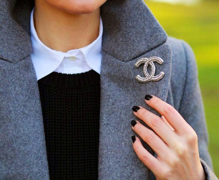 Chanel Brooch – 14 ways to wear it – ShineXuan