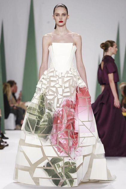 Carolina Herrera Ready to Wear Spring Summer 2015 Collection in New York