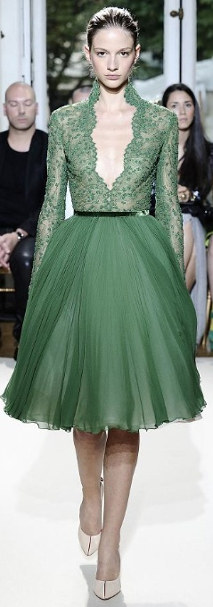 tulle, dress, emerald green, low neck, sexy